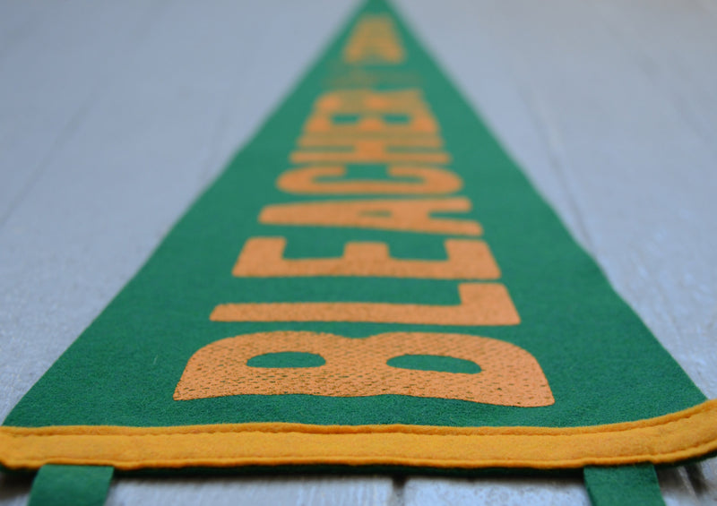 BC Oxford Pennant - Green/Gold