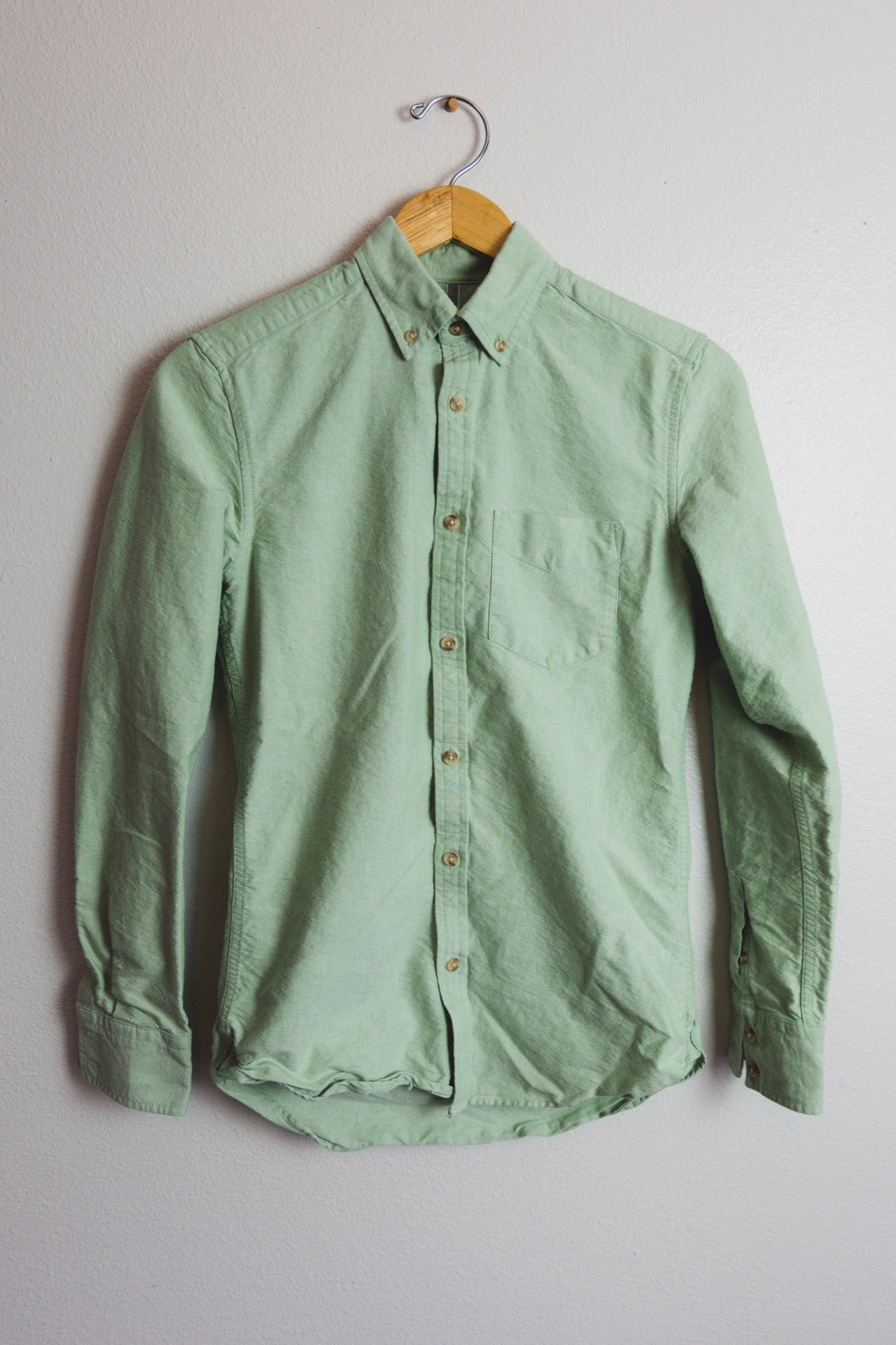 Teal Bee Button Up