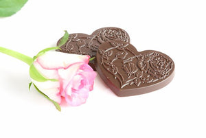 Perian rose essence with raspberries in dark Ecuadorian chocolate bark (FANDT)