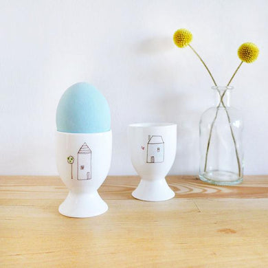 Neighbourhood egg cup (CMT 107)