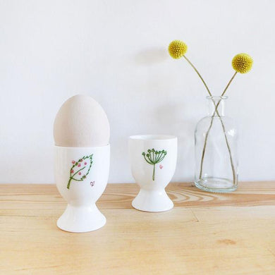 Countryside egg cup (CMT 109)