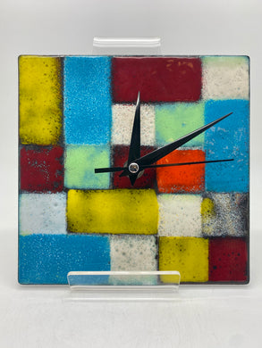 Hand enamelled clock (Jem 039)