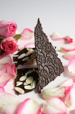 Persian rose essence with almonds in dark Ecuadorian chocolate bark (FANDT)
