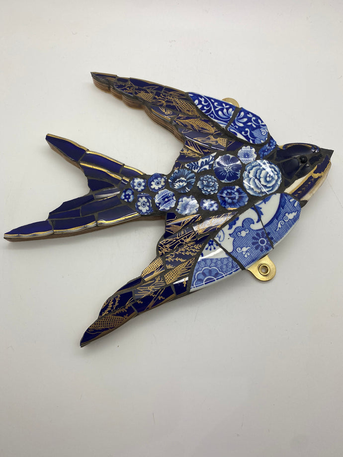 Medium swallow ceramic mosaic wall hanging (China jack)