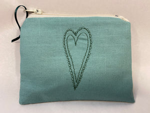 Embroiders heart coin purse