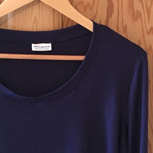 Load image into Gallery viewer, Navy blue  viscose long sleeved top (Emily)