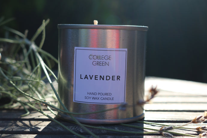 Lavender scented candle                                                                            College green
