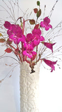 Load image into Gallery viewer, Tara Davidson - White lace vase