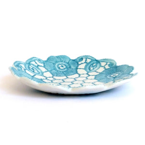 Tara Davidson - Fine tatting lace bowl