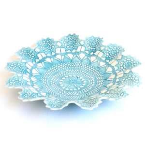Tara Davidson - Medium antique lace bowl