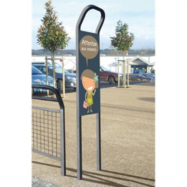 conviviale-information-mast-with-display-panel Techni-Pros - techni-pros