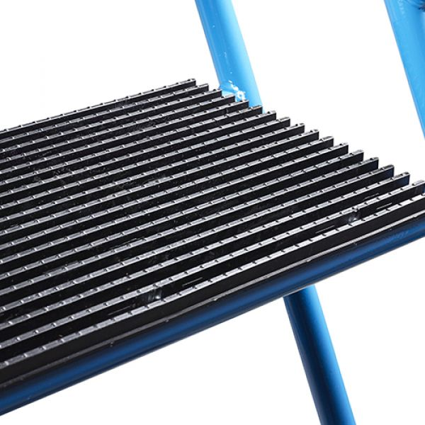 Fort Easy Glide Steps with Injection Moulded Treads Techni-Pros - techni-pros