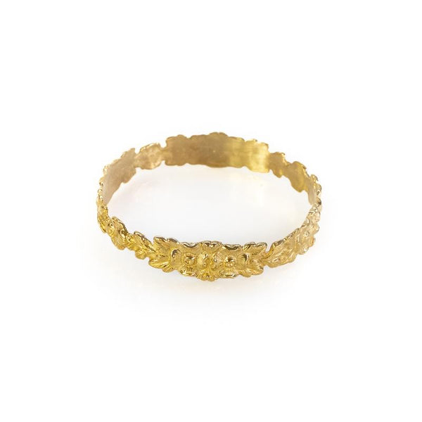 Hippolyta, gold bracelet, with embossed, intertwined flowers