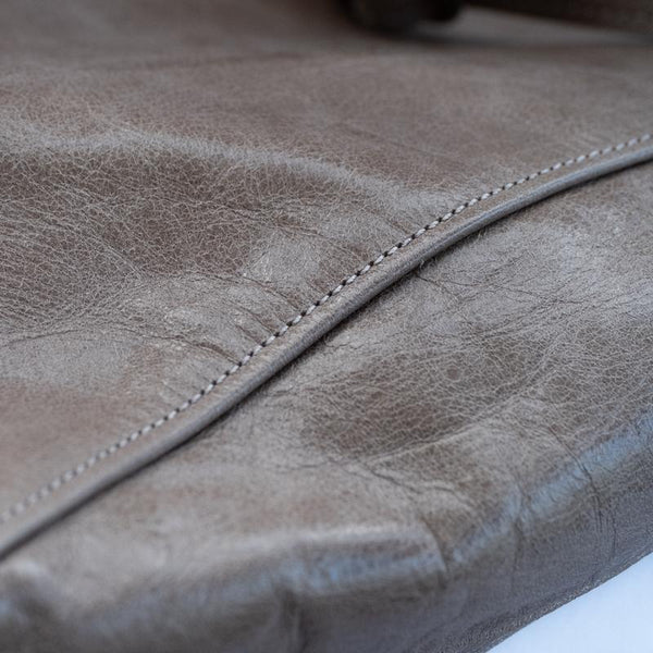 close up every day, leather bag