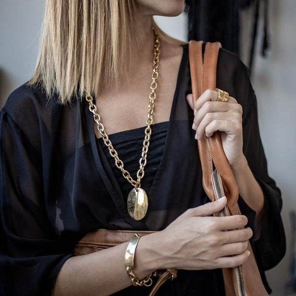 model with 3rd floor, Handmade Faron, Necklace gold