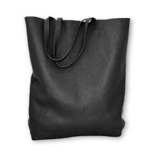 Load image into Gallery viewer, 3rdfloor handmade leather giant bag black