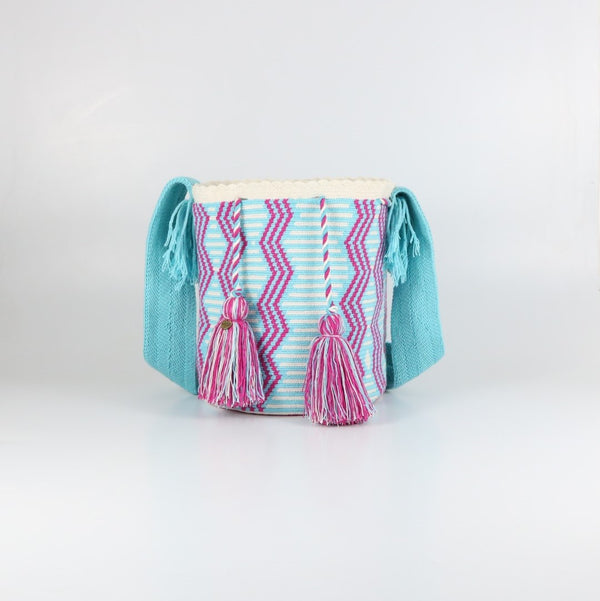 Candy A Wayuu Bag - wayuu-dreaming