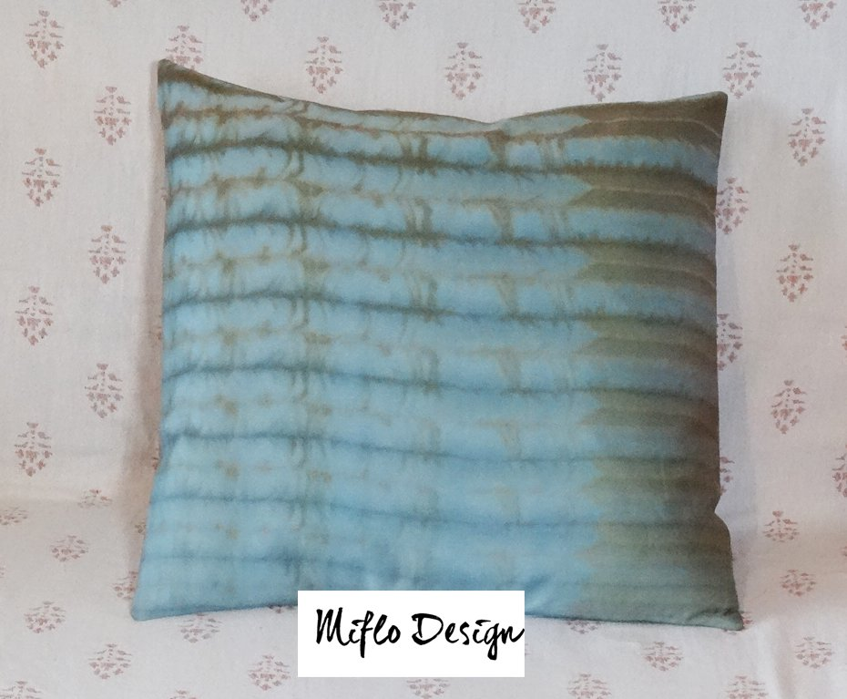 Shibori Style - Cushion Cover : Teal and Bronze