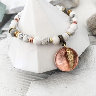 PENNIES FROM HEAVEN>>WHITE HOWLITE<<