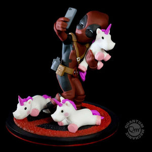 Qmx Deadpool #unicornselfie Q-Fig Diorama
