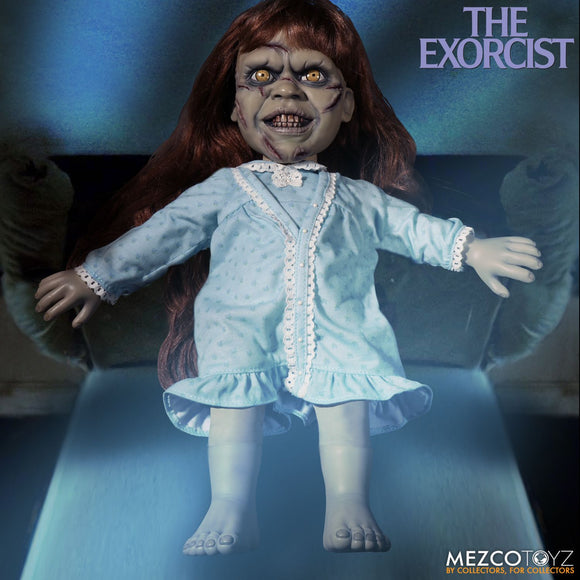 Mezco Toyz The Exorcist Mega Scale Exorcist with Sound Feature 15