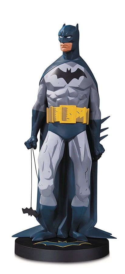 DC Collectibles DC Designer Series: Batman by Mike Mignola 1/6 Scale Resin Statue