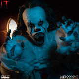 Mezco Toyz One:12 Collective IT (2017): Pennywise 1/12 Scale Action Figure