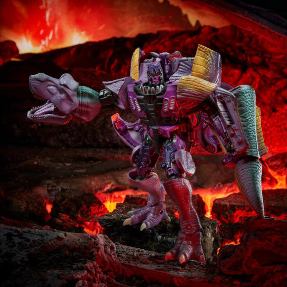 Hasbro Transformers War for Cybertron Kingdom Leader Megatron
