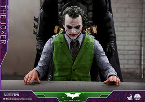 Hot Toys DC Comics  The Dark Knight The Joker 1/4 Quarter Scale Figure