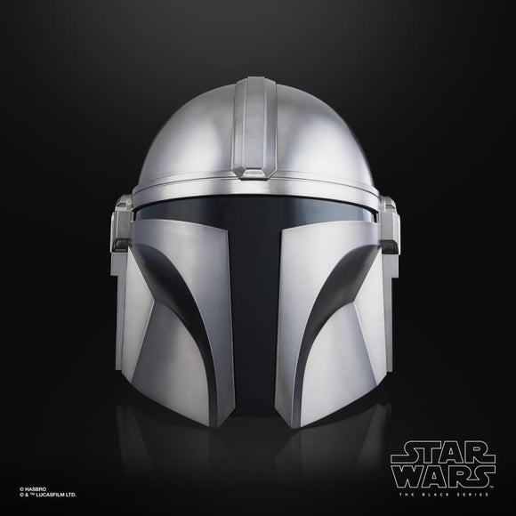 Hasbro Star Wars: The Black Series The Mandalorian 1:1 Scale Wearable Electronic Helmet