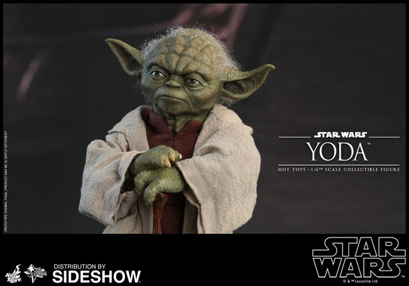 Hot Toys Star Wars Episode II Attack of the Clones Master Yoda 1/6 Scale Figure