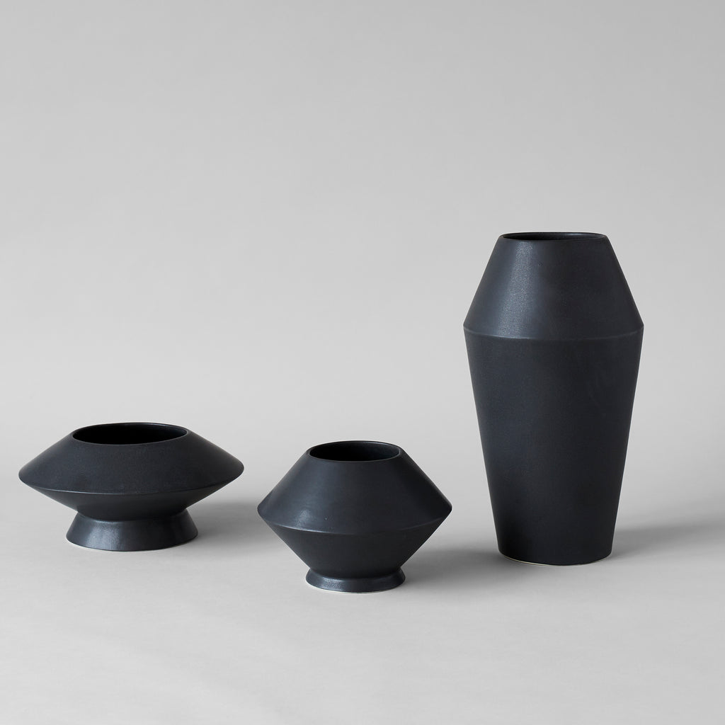 Small Kado Vase, Matte Black - Bloomist
