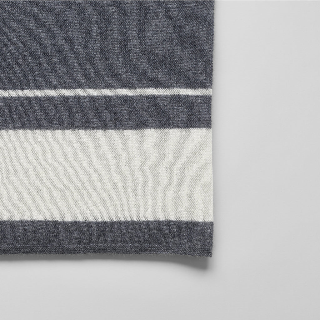 Cashmere Throw, Charcoal/White