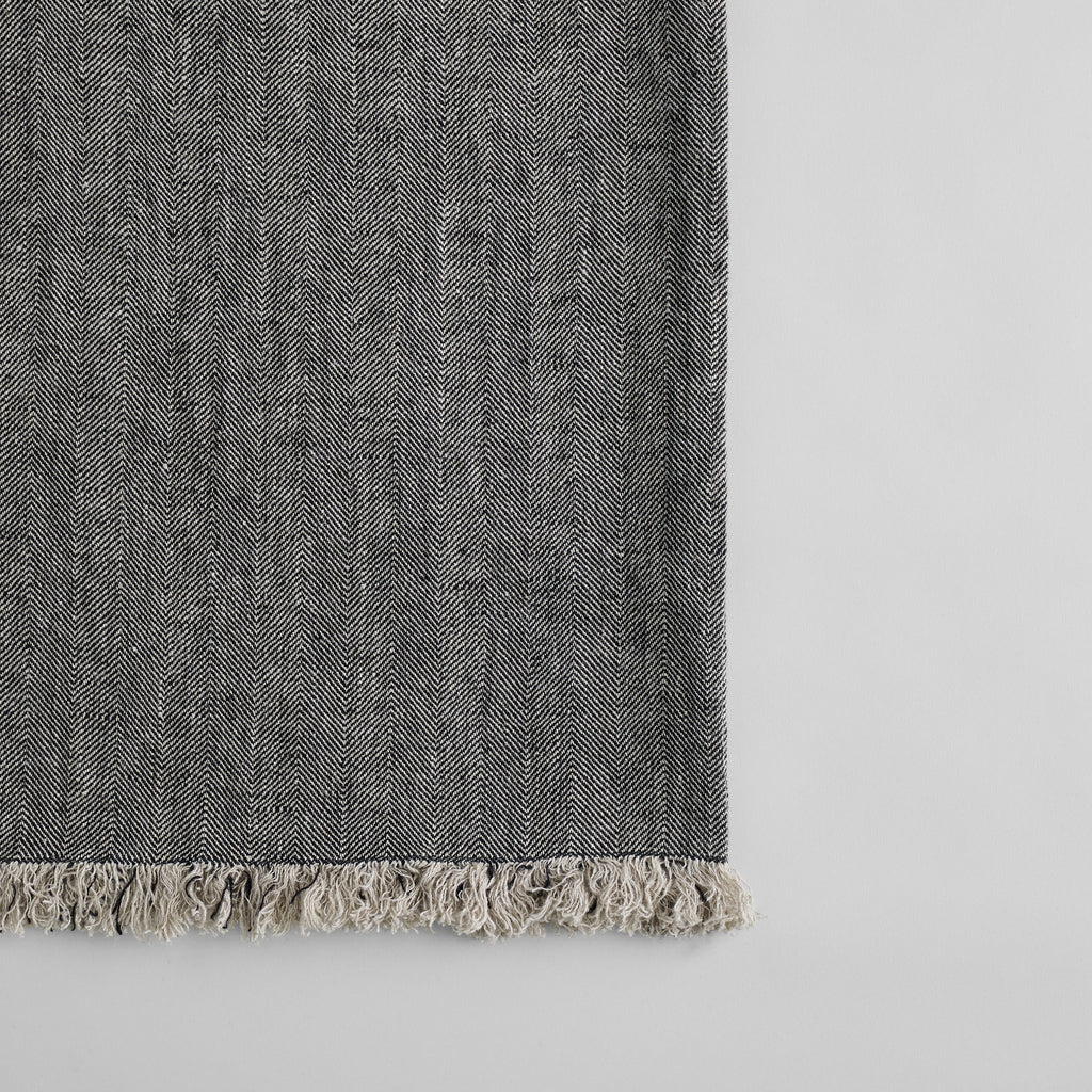 Linen Throw in Charcoal - Bloomist