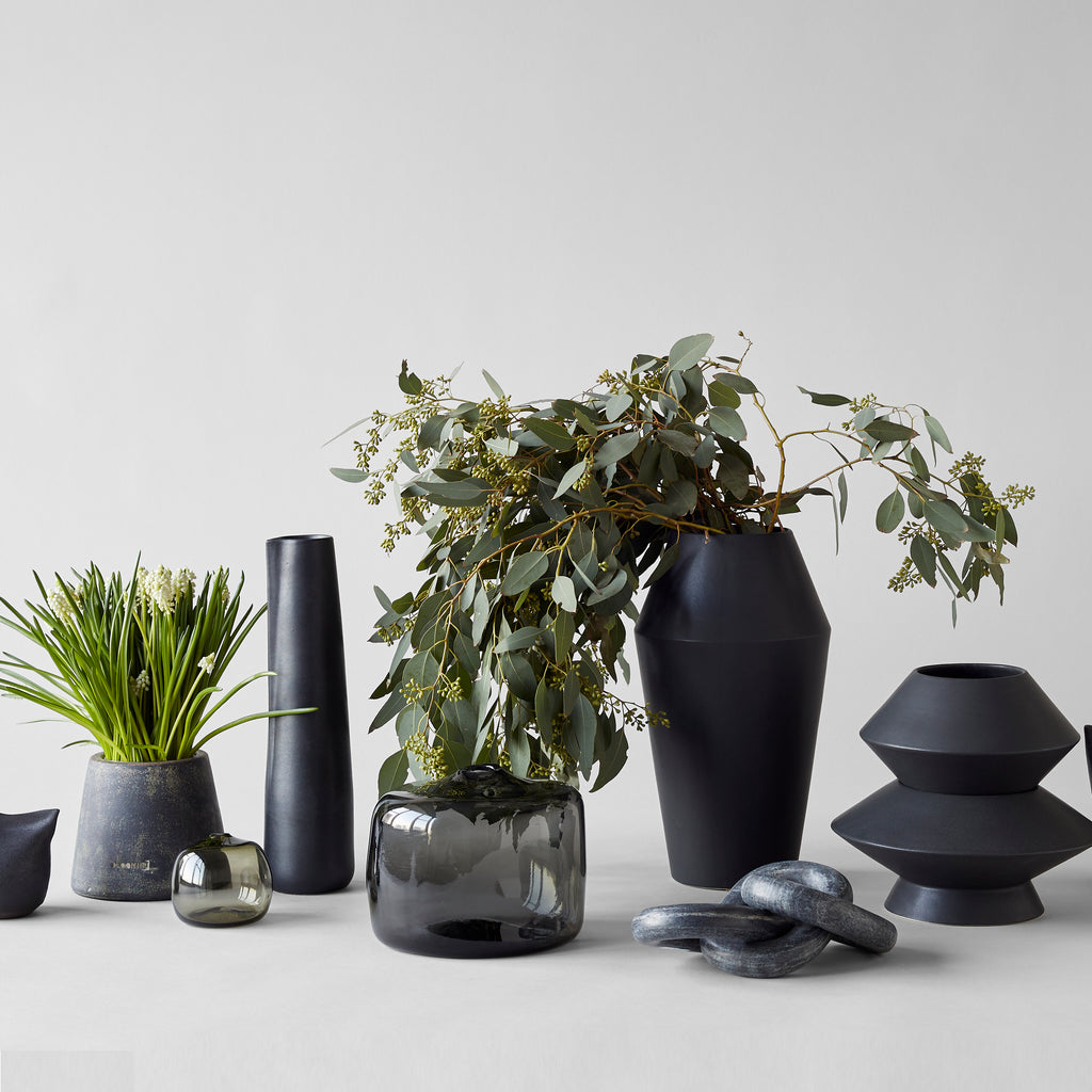 Big Gem Vase, Charcoal - Bloomist