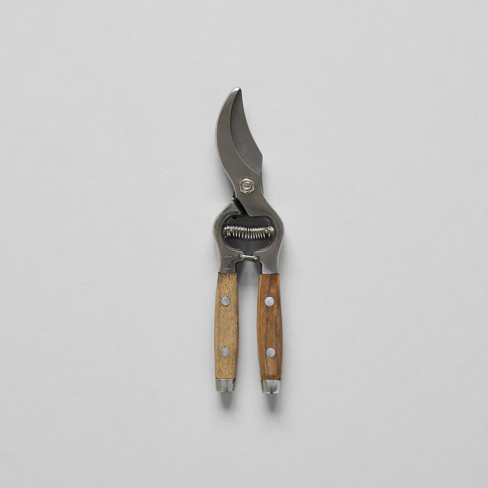 Secateurs With Wood Handles - Bloomist