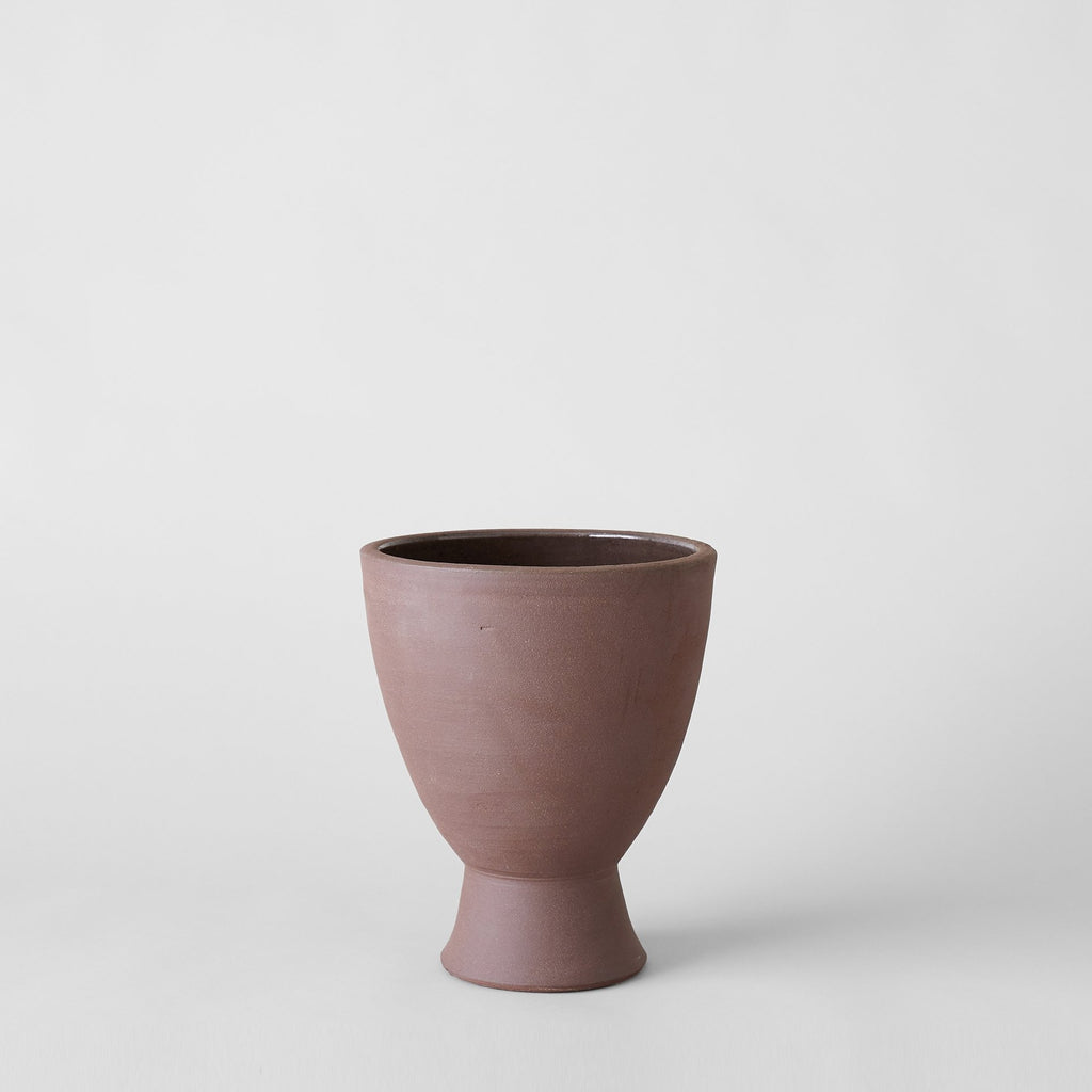 Abelia footed ceramic planter in Bordeaux - Bloomist