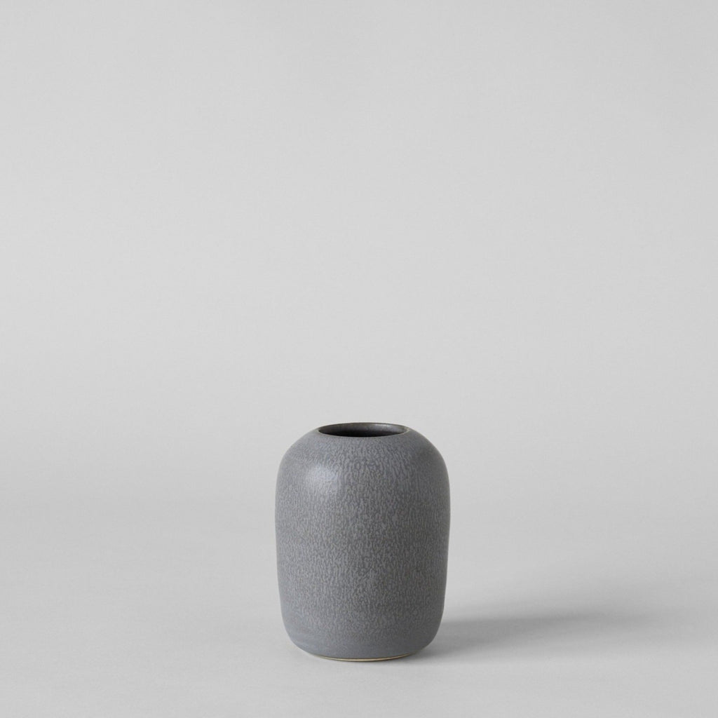 Oval Vase In Charcoal - Bloomist