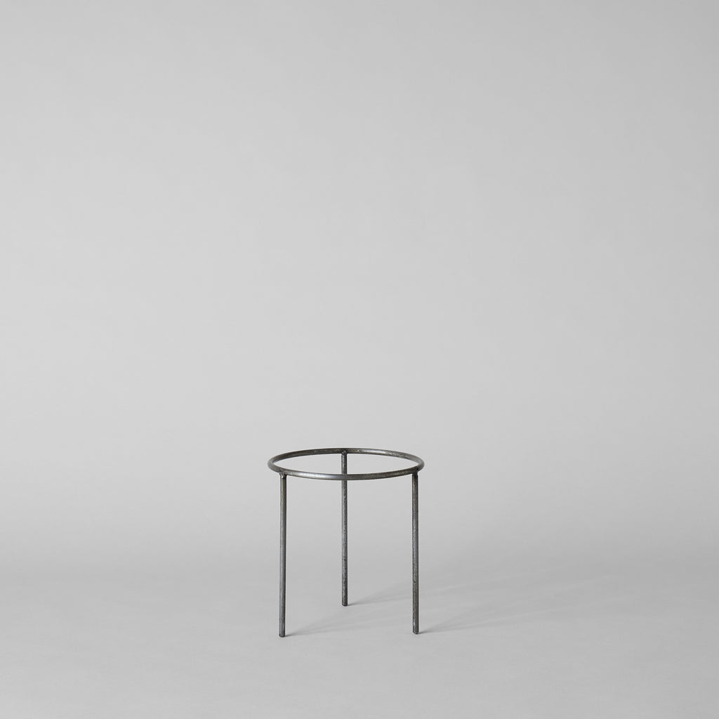 Wrought Iron Planter Stand - Bloomist