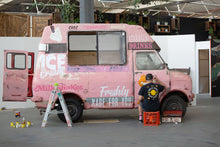 Load image into Gallery viewer, Truck Painting in progress, Melbourne Australia Jan 2020 .Photo by @P1xels