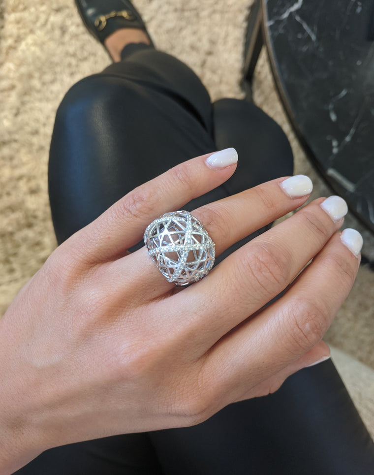 White Gold Bird Nest Diamond Ring Size 7