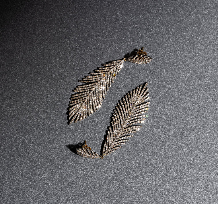 black-rhodium-diamond-feather-earrings