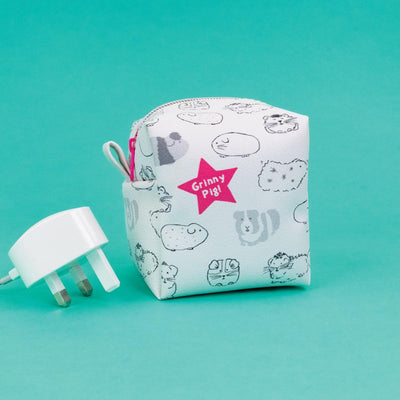 Grinny Pig Zipped Cube Little Case - GSG13