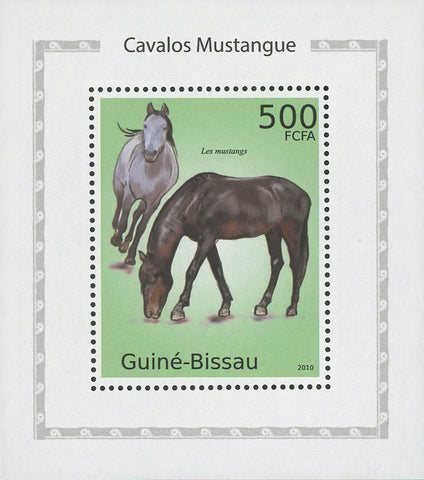 Mustang Horses Mini Sov. Sheet MNH