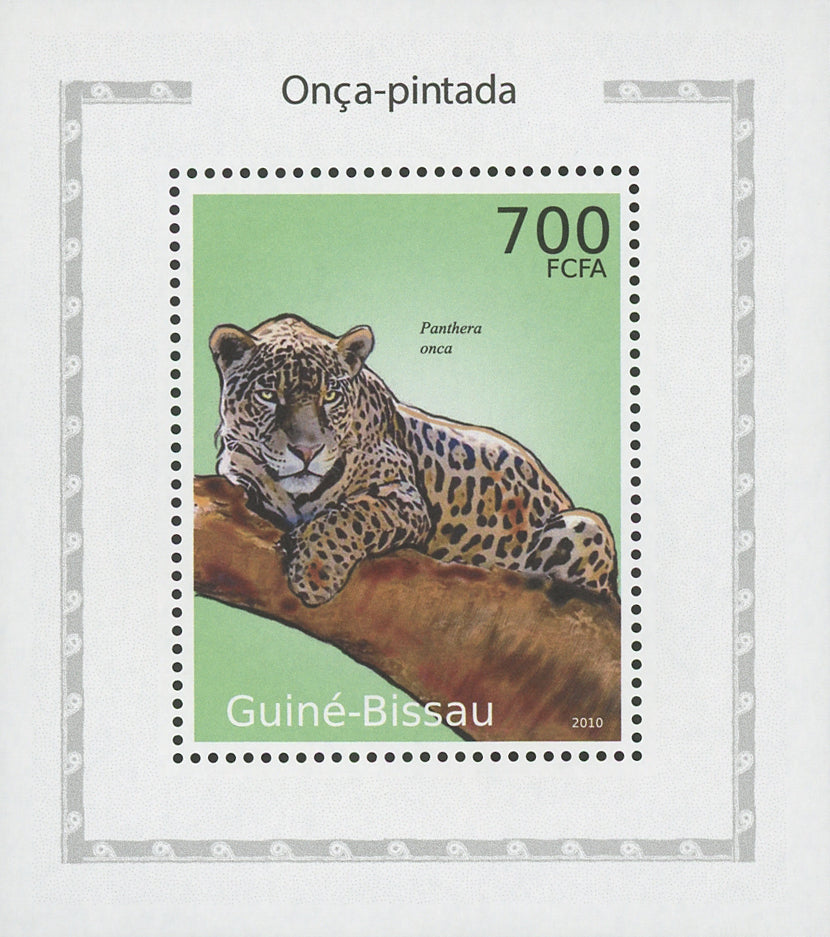 Jaguars Panthera Onca Branch Mini Sov. Sheet MNH
