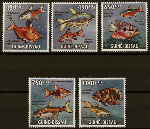 Tropical Fish Ocean Bubble Marine Fauna Serie Set of 5 Stamps Mint NH