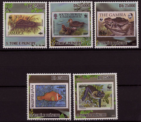 Stamp in Stamp WWF Wild Animal Serie Set of 5 Stamps Mint NH