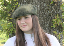 Load image into Gallery viewer, Chepstow Tweed Flat Cap