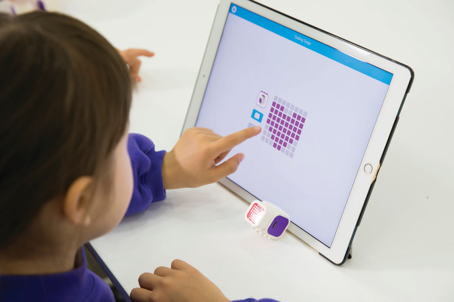 What should a STEM Toy offer?  Our top 5 attributes to review a coding toy on