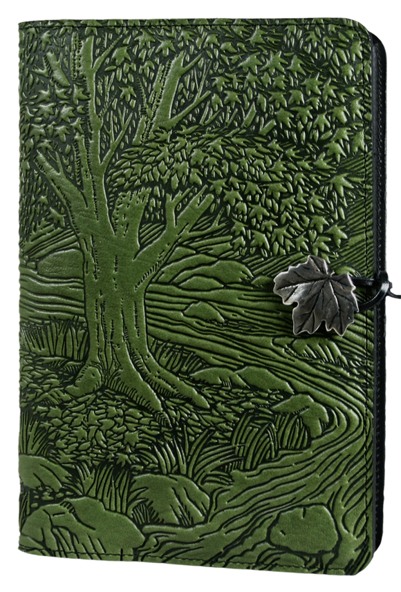 Oberon Creekbed Maple Refillable Journal Cover in Fern
